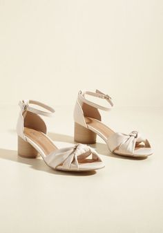 50d1b0f4aaa2f6 Comfortable Wedding Shoes    Modcloth  Know If You Agree Block Heel
