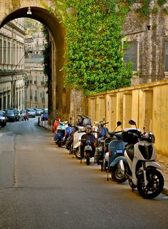 A Street in Ragusa ~~ Lined with Vaspas