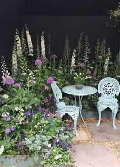 The RHS Chelsea Flower Show in Pictures Flower inspiration - professional land . - gardening 2019 - The RHS Chelsea Flower Show in Pictures Flower inspiration – professional country …, - Flower Garden, Cottage Garden, Country Gardening, Small Garden Design, Shade Garden, Gorgeous Gardens, Garden Inspiration, Garden Planning, Chelsea Flower Show
