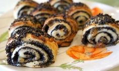 Buns with poppy seeds puff pastry.
