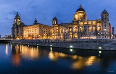 Three Graces   Camara / Camera: Nikon D750 Objetivo/Lense:  Tamron 24-70 f/2.8 VC + ND Filter  Edition/Edicion:  5 different images stitched with Photoshop Place:  Liverpool (United Kingdom)