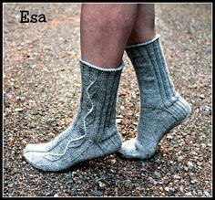 Ravelry: Designs by Sari Suvanto Sexy Socks, Knitting Socks, Knit Socks, Ravelry, Free Pattern, Slippers, Sari, Crochet, Projects