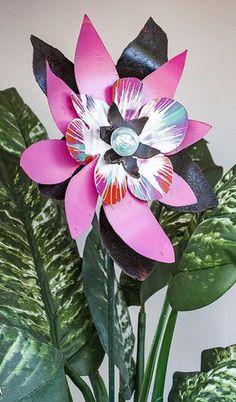 Metal Flower Yard Art Garden Stake Indoor by BloomAgainMetalArt