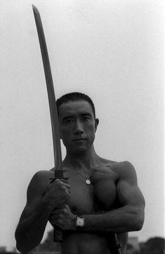 Yukio Mishima antes de hacerse el 'harakiri': 'Estoy agotado' | Cultura | EL MUNDO