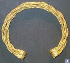 Torque en or (collier religieux) - vers 500ans avant JC