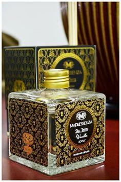 DESCOBERTA OLFATIVA: MADRESSENZA EM MINHA CASA PERFUMADA - brazilian home scent http://villagebeaute.blogspot.com.br/2014/05/descoberta-olfativa-madressenza-em.html