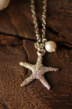 Starfish necklace! I always wanted this to wear around my neck ! I love starfishes!