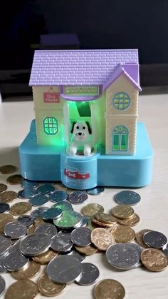 Objet Wtf, Diy For Kids, Gifts For Kids, Jasmin Party, Money Saving Box, New Technology Gadgets, Paper Crafts, Diy Crafts, Cool Gadgets To Buy