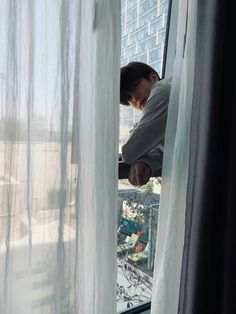 (-) No… Random amreading books wattpadGimana kalo para member NCT 127 itu berubah jadi suami kamu? (-) No… Random amreading books wattpad Halu skuy:v ระยะทาง yohan boyfriend material Jaehyun Nct, Winwin, Taeyong, Nct 127, Vixx, Jikook, Jinyoung, Yoon Park, Wattpad