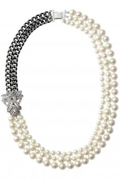 Vintage Inspired Steel Chain Pearl Necklace | Daisy Pearl Necklace | Stella & Dot $118  http://www.stelladot.com/sites/rebeccaheroux