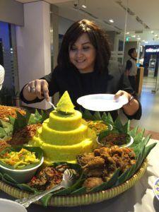 Madriga Catering 08118888653: 08118888653 Nasi Tumpeng Jakarta