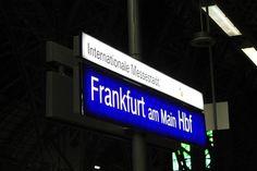 Frankfurt – (fue) Am Mittwoch, den 19. April 2017, gegen 22.00 Uhr, war eine 27-jährige Frankfurterin von der U-Bahnhaltestelle Bonames-Mitte aus zu Fuß unterwegs durch die Straße Homburger Hohl. In Höhe der weiter lesen