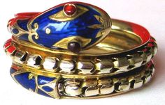Google Image Result for http://www.antiques.com/vendor_item_images/ori_978-34426-902374-Victorian-Snake-Ring-http-www-trocadero-com-Smokey-items-902374-picture1.jpg