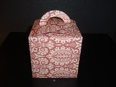 Individual Cupcake Box. Insert provided, in the same design as the box, to hold cupcake in place.