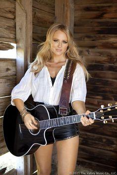 Jewel - Female Singer/Songwriter                                                                                                                                                                                 More