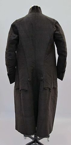 Suit (image 3) | British | mid-18th century | silk, linen | Metropolitan Museum of Art | Accession #: 2011.104a–c