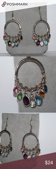 Beautiful Gemstone Dangle Earrings .925 sterling 1.5 inches long (not from the post) stamped .925. beautiful natural gemstones that dangle beautifully.  Buy from me with confidence! I have sold over 400 items with a 5 star rating! If you have any questions, do not hesitate to ask.  Looking at a few things in my shop? Put a bundle together, comment on an item that you are ready to check out and let me send you an even better offer!  Thank you for visiting :) Free gifts with every purchase…