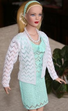 Advanced Embroidery Designs. Free Projects and Ideas. Outfits for Tonner 16inch Fashion Dolls. Machine embroidery designs.