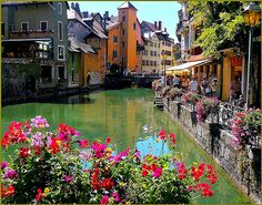 Annecy in flowers