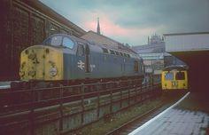 Class 40 & Cravens DMU at Kings Cross