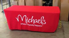 Use Custom Convertible Table Throws for Brand Imaging