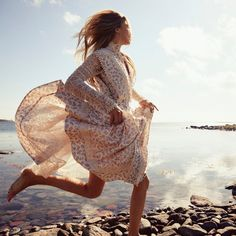 """Vogue Paris on Instagram: """"With the arrival of the sunny weather comes the inevitable wardrobe change. If you're on the lookout for a new dress, check out our pick of…"""" Emmanuelle Alt Style, Vogue Paris, Erika Linder, Laurence Bras, Raquel Zimmermann, Fashion Photography Inspiration, Beauty Photography, Style Inspiration, Fashion Story"""