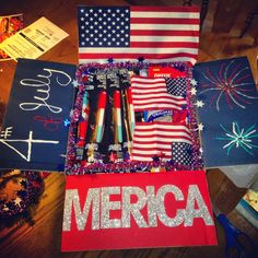 4th of July care package. Detailed list and pictures of what to put in care packages.