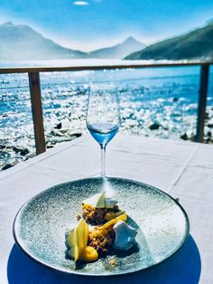 CAPE TOWN OR THE SOUTH AFRICAN GASTRONOMIC SCARRANTY Cape Town, Alcoholic Drinks, Wine, Glass, Inspiration, Pathways, Fine Dining, African, Biblical Inspiration