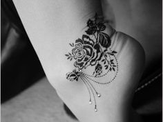 Ankle Rose Tattoo!!! Love love love this but I would want my kids names dangling from the rose :)