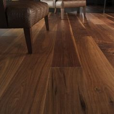 180mm American Black Engineered Lacquered Walnut Wood Flooring 20/4mm Thick