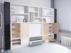 Multiplex Interieur: sterk en gemakkelijk te bewerken - OPMAATZAGEN.nl Living Room, Interior, Home, Shelving Unit, Home Deco, Underlayment, Office Interior Design, Interior Design, Built In Cabinets