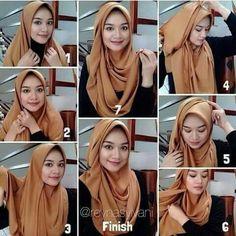 Classy & Stylish Hijab Tutorial - Hijab Fashion Inspiration This beautiful Hija. Classy & Stylish Hijab Tutorial – Hijab Fashion Inspiration This beautiful Hijab look can be mad Tutorial Hijab Segitiga, Square Hijab Tutorial, Simple Hijab Tutorial, Stylish Hijab, Hijab Chic, Beau Hijab, Hijab Simple, How To Wear Hijab, Hijab Fashion Inspiration