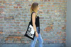 www.therubysky.blogspot.de Festival Look Fringes Top H&M StilVorTalent Jutebeutel Veromoda Destroyed Jeans Croptop