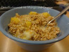 """LaGusterina ernährt sich nach dem Buch """"Vegan Fasten"""" derzeit und zum Frühstück gab es ein Dinkelflockenmüsli mit Mango und Orange"""