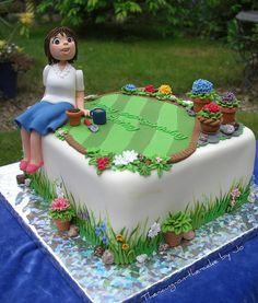 Birthday ~ Keen gardener Gardener Cake - For all your cake decorating supplies, please visit .ukGardener Cake - For all your cake decorating supplies, please visit . Garden Birthday Cake, Unique Birthday Cakes, Birthday Cakes For Women, Birthday Cupcakes, 60th Birthday Cake For Ladies, 90th Birthday, Fondant Cupcakes, Cupcakes Cool, Cupcake Cakes