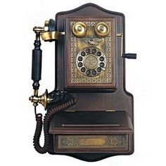 Paramount 1907 Wooden Wall Reproduction Phone