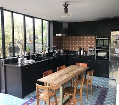extension maison ancienne Kitchen Interior, Home Projects, Home Kitchens, Sweet Home, New Homes, Loft, House Design, Architecture, Dining