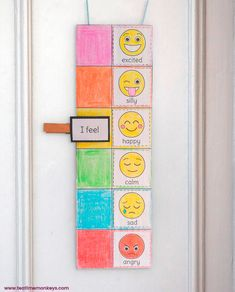 This mood meter is really easy to make and is great for practising emotions vocabulary and exploring feelings with your kids. All you need is some paper, card, yarn and a clothes pin! Perfect for kids to hang on their bedroom door or classroom wall. Emotions Preschool, Teaching Emotions, Emotions Activities, Preschool Learning Activities, Social Emotional Learning, Feelings And Emotions, Toddler Activities, Preschool Activities, Teaching Kids