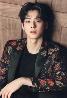 Cha eun woo now my idol! Asian Actors, Korean Actors, Kpop, Korean Celebrities, Celebs, F4 Boys Over Flowers, Park Jin Woo, K Drama, Cha Eunwoo Astro
