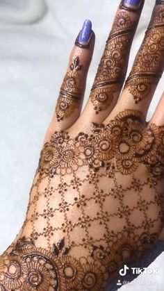Khafif Mehndi Design, Mehndi Designs For Girls, Mehndi Designs For Fingers, Dulhan Mehndi Designs, Mehndi Designs For Hands, Mehendi, Henna Tattoo Designs Simple, Henna Art Designs, Modern Mehndi Designs