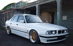 The picture hunt for the perfect BMW   Retro Rides