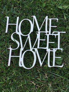 Dekorace+na+zeď+Home+sweet+home+menší+dřevěná+samolepka+na+zeď,+součástí+páska+pro+uchycení