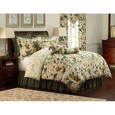 Royal Heritage Home Williamsburg Abby Ivory/White/Green Standard Cotton Reversible Traditional 4 Piece Comforter Set & Reviews | Wayfair Luxury Duvet Covers, Luxury Bedding Sets, Modern Bedding, Rustic Bedding, Harry Styles, Waverly Bedding, Online Shopping, Ashley Home, Laura Ashley