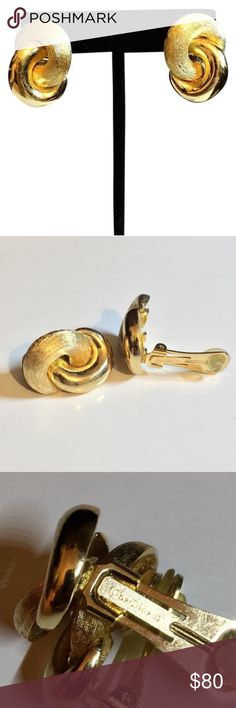 Christian Dior clip on earrings gold tone Vintage Christian Dior gold tone clip earrings Christian Dior Jewelry Earrings
