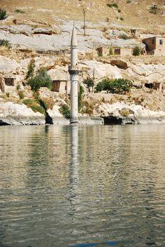 Halfeti Şanlıurfa batan minare  by ayce