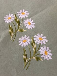 Garden Flowers Embroidered 100 Cotton Tablecloth and Six Napkins Daisies Flowers Pastel Green Venezia Made In Italy Hand Embroidery Videos, Hand Embroidery Tutorial, Embroidery Flowers Pattern, Flower Embroidery Designs, Creative Embroidery, Simple Embroidery, Hand Embroidery Stitches, Free Machine Embroidery Designs, Crewel Embroidery