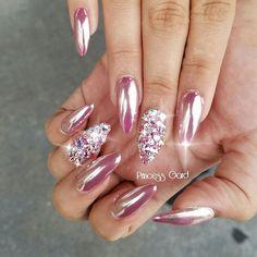 Pink #chromenails $5 PER nail #swarovskicrystals #princessgardnails #clevelandnailtech #clevelandnails #nailswag #instanails #ohionails #salonloftsbeachwood