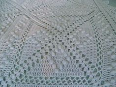 Antique French 1910-1920's Bedspread filet crochet lace square with popcorn stitch diamonds pattern ~~ popcorn vs puff??