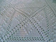 Antique French 1910-1920's Bedspread filet crochet lace square with popcorn stitch diamonds pattern ~~ popcorn vs puff??