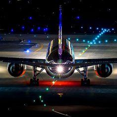 Cr:Thai Airways #thaicabincrew#tgcrew#tg2014#thaiairways#thaicrew#iflythai#crew#airhostess#cabincrew#tgpilot#thailand#airbus#boeing#a380#787#777#a320#cockpit#crewlife#flightdeck#flightcrew#pilot#airlinepilot#airlines#flightattendant#steward#stewardess#aviation